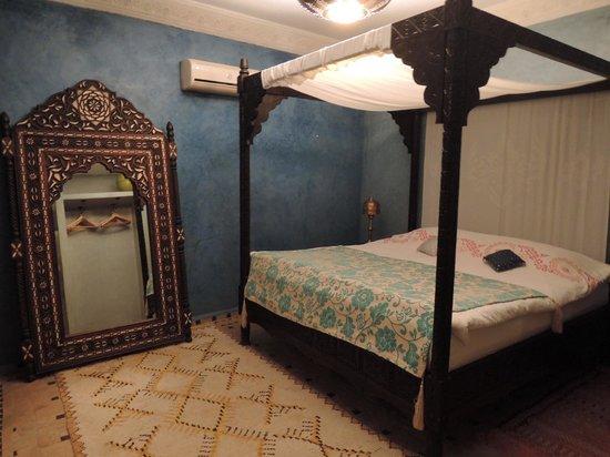 Riad Mur Akush : ベッドルーム