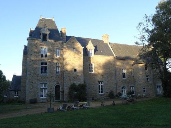Chateau de Kergouanton: Château (vue arrière)