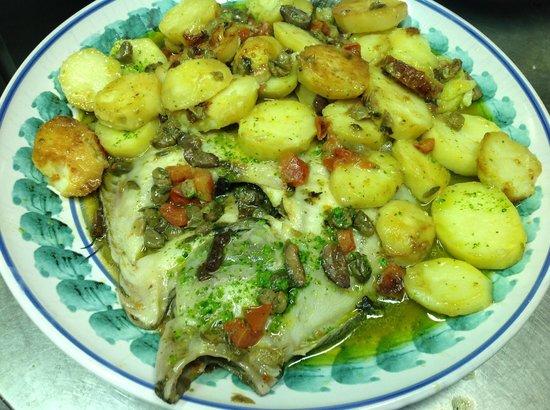 Mediterraneo: rombo con patate foto lorenzo
