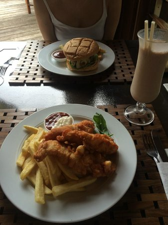 Mangoes Resort : Fish & Chips