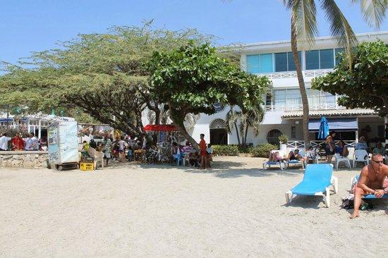 La Ballena Azul Hotel: Vista da entrada do Hotel