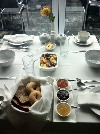 O on Kloof Boutique Hotel & Spa: Breakfast