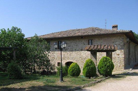 Country House Casal Cerqueto : Antico Casale - esterno
