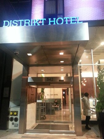 Distrikt Hotel New York City: Entrance