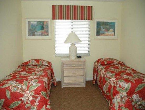 Imperial Lakes: Bedroom