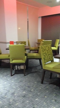 Park Inn by Radisson Northampton: Dining room