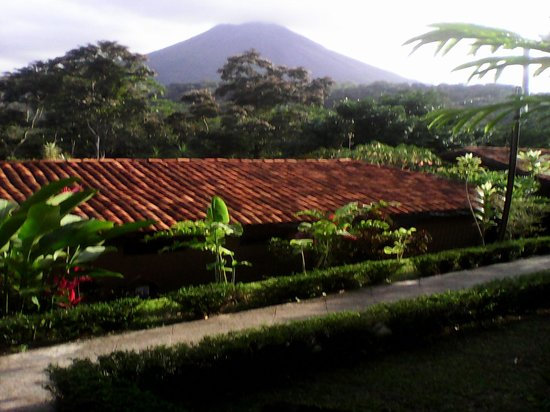 Hotel Kokoro Arenal: view from porch