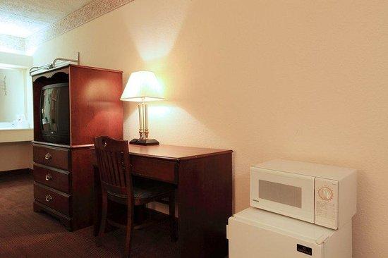 Americas Best Value Inn-North Capital: King Room Amenities
