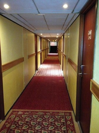 Mercure Annemasse Porte de Geneve: Hall
