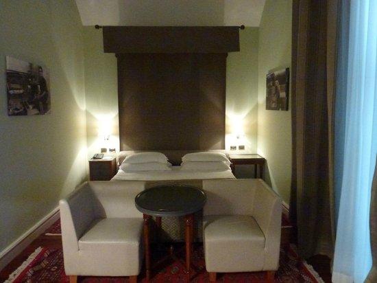 Grand Hotel Piazza Borsa : Zimmer