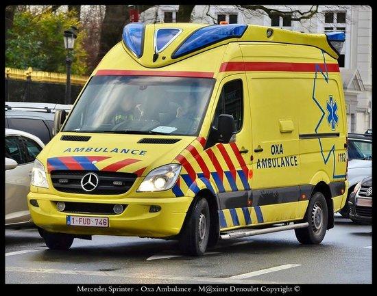 La Kabylie: Charly l'ancien ambulancier du SMUR de Calais maintenant en Belgique associé.