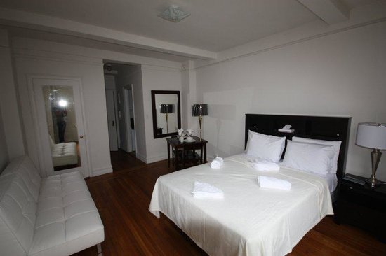 Chelsea Hotel: IMG