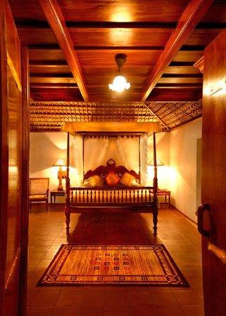 Orange County, Coorg: Pool Villa - Bedroom
