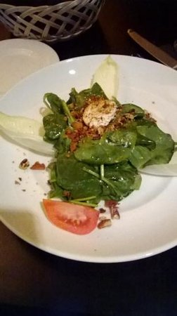 Traditions on the Beach: spinach salad, so delicious