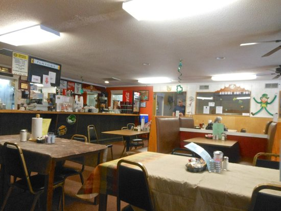 Angie's Diner: Interior