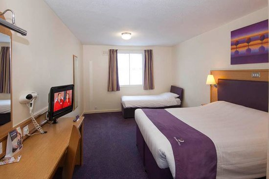 Premier Inn London Gatwick Airport South (London Road) Hotel