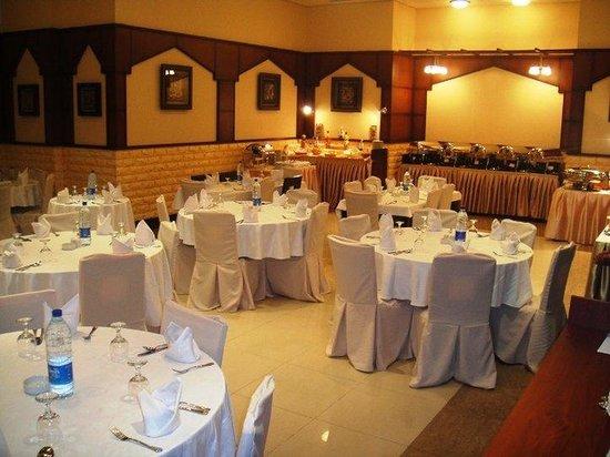 L'Arabia Hotel Apartments: Meeting Room