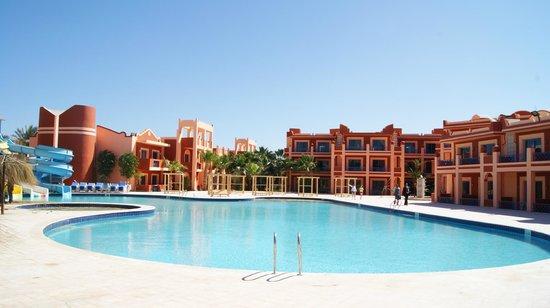Mirage Bay Resort & Aquapark Lilly Land : новый бассейн