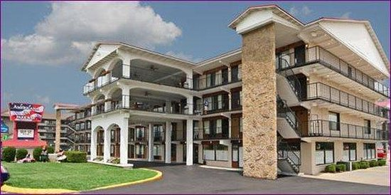 Americana Inn & Suites : FRONT