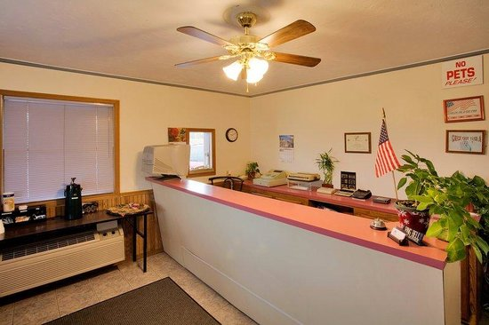 Americas Best Value Inn Murphysboro / Carbondale: Lobby