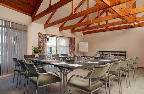 Rotorua Coachman Spa Motel: Conference