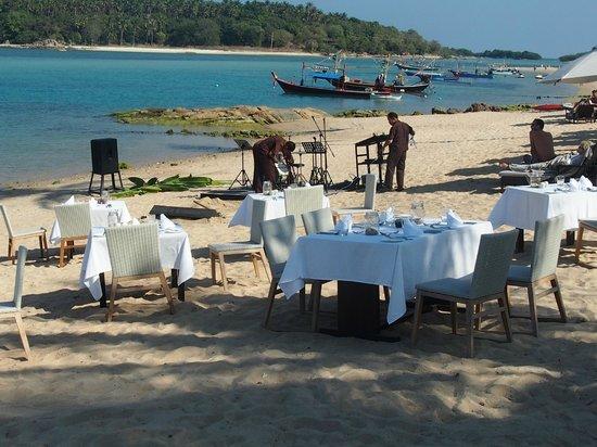 Anantara Lawana Koh Samui Resort: Strandbereich Anantara Lawana