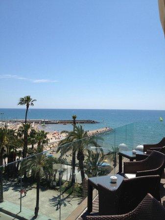 Hotel Platjador: Бар отеля