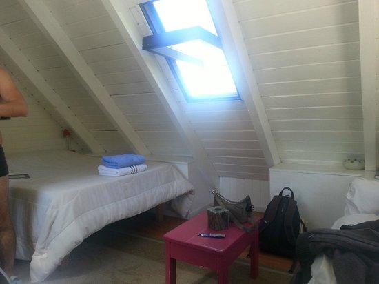 Green House Hostel Bariloche: double room w private bathroom - attic