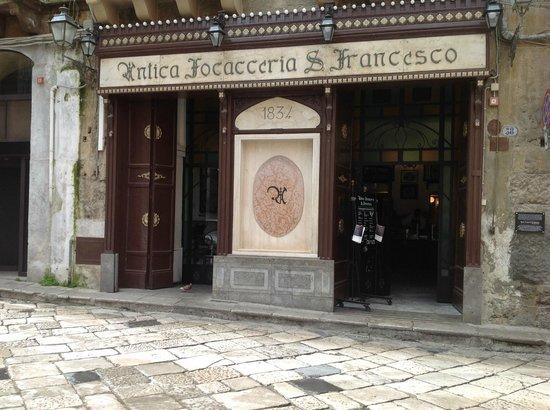 Sicily Tours & Taxi Taormina : Focacceria S.Francesco in Palermo