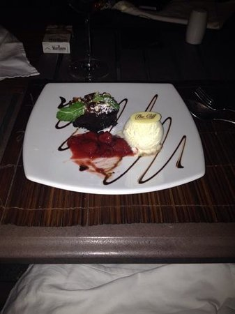 The Cliff Bar and Grill: very nice presentation of the food
