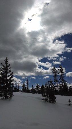 Wild Horse Inn: Snowshoeing