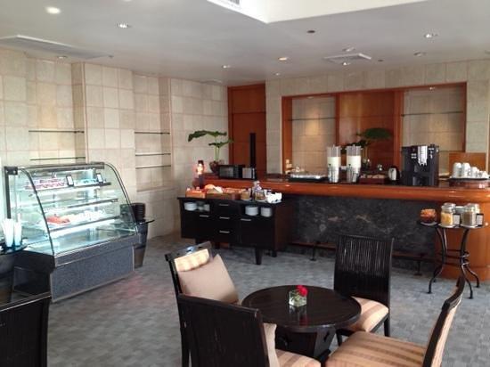Hilton Hua Hin Resort & Spa: Breakfast at Executiv-Lounge