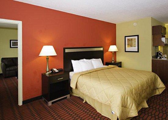 Comfort Inn Harrisburg: PAComfort Inn King Suite C