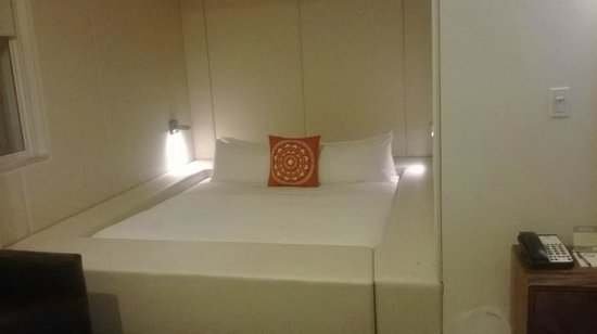 NU Hotel: Comfortable bed