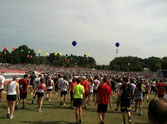 Parque Piedmont: Post - Peachtree Road Race crowds on July 4th