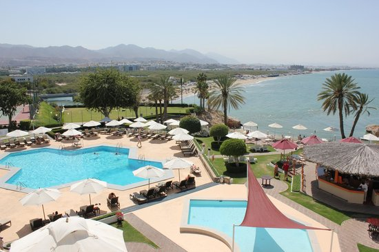 Crowne Plaza Muscat: Balcony view