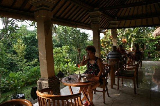 Ubud Bungalow: Breakfast area