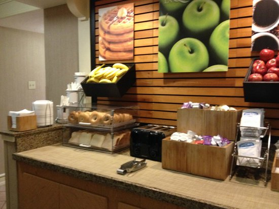 La Quinta Inn San Diego Chula Vista: Breakfast