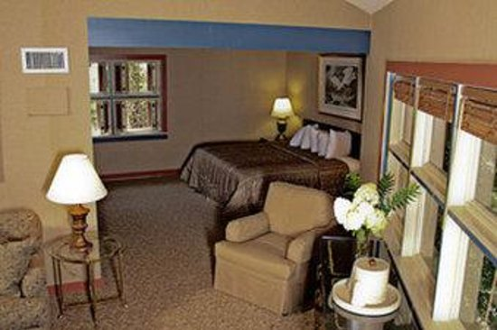 The Jack Warner at NorthRiver: King Feature Suite