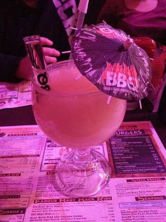 Dallas BBQ Times Square : drink with floater