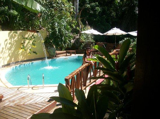 Charme Pousada Boutique & Spa: área da piscina