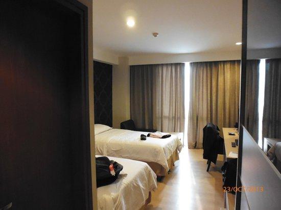 Avissa Suites: Room photo from different angel