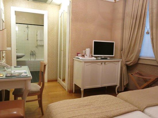 Mercure Milano Centro: Room 203