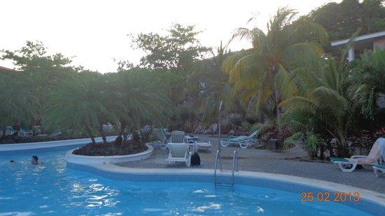 Hotel Riu Playacar: Camino a la playa