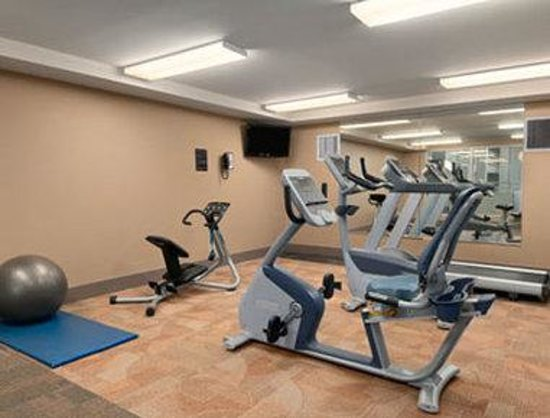 Viscount Gort Hotel Banquet and Conference Centre : Fitness Center