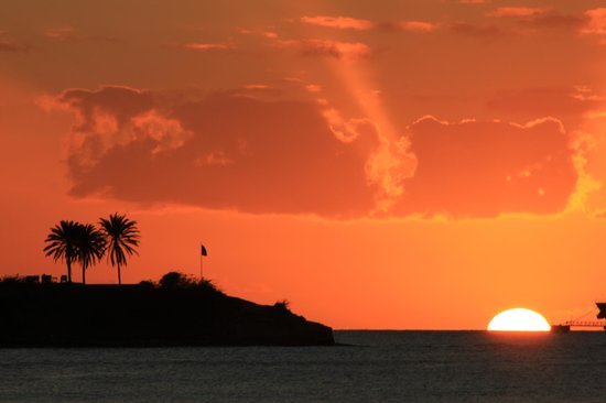 Sandals Grande Antigua Resort & Spa : Beautiful sunsets