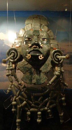 Museo Mesoamericano del Jade: One of the exhibits