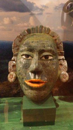 Museo Mesoamericano del Jade: another exhibit
