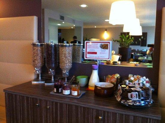 Ibis Styles Chalon sur Saone: Buffet céréales