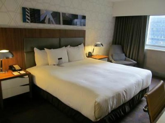 DoubleTree by Hilton Hotel Metropolitan - New York City: Comfortable king room, 12th floor